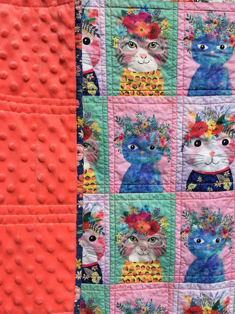 cheater-quilt-floral-pets-4