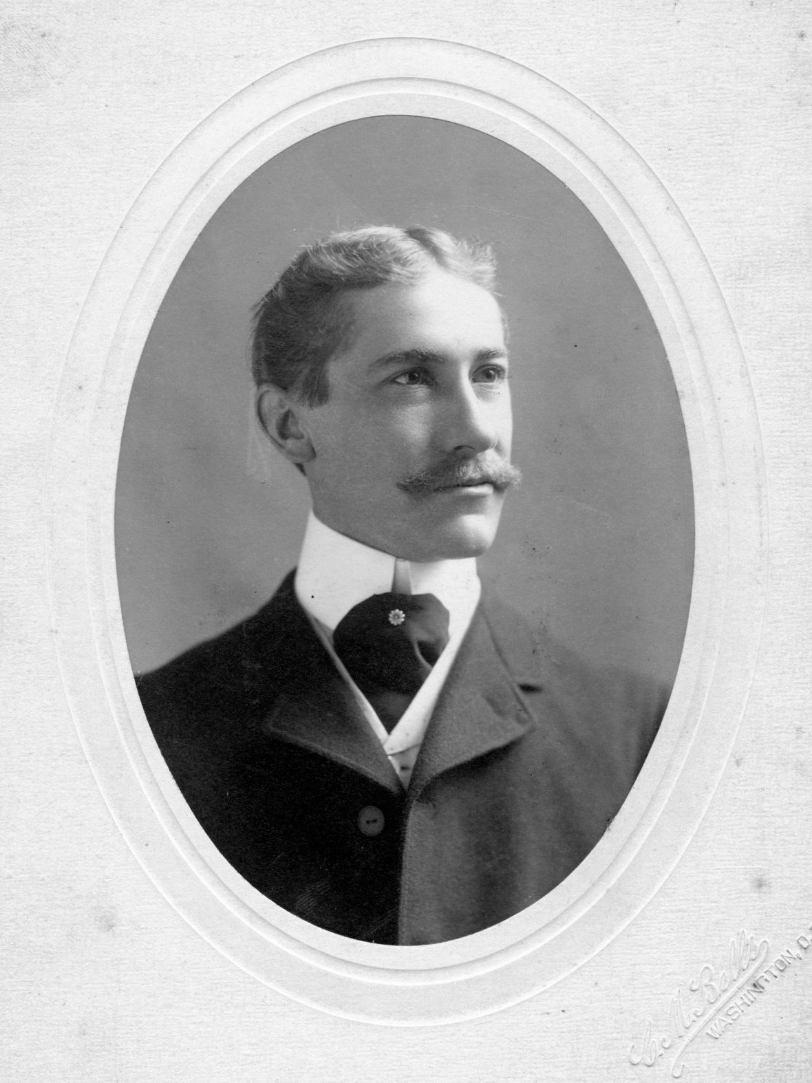 T.Frederick Davis