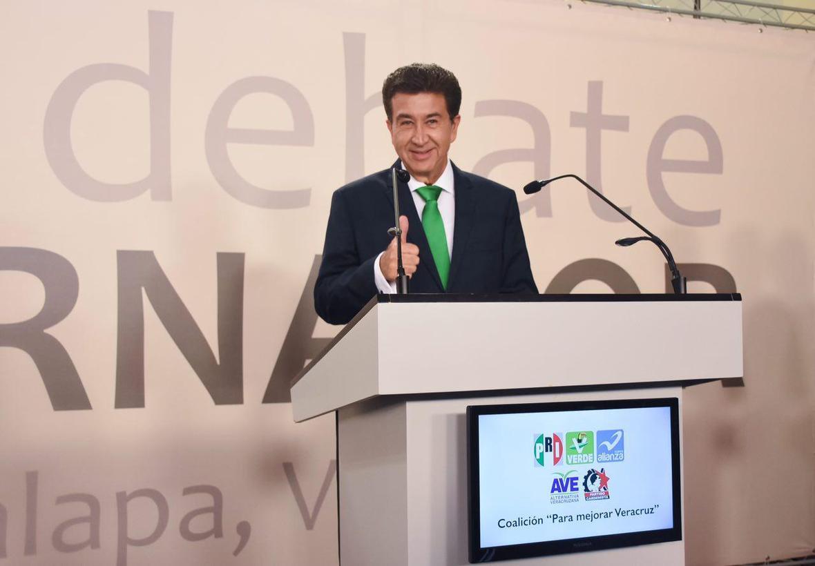 Hector Yunes Landa -02