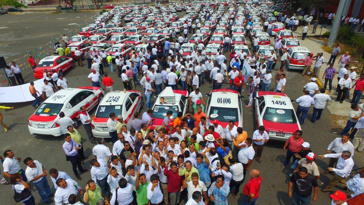 Hector Yunes Landa - encuentro con taxistas de Veracruz - 25-04-2016-04