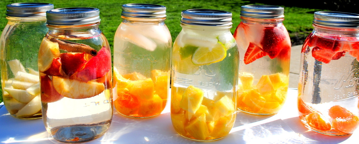 fruit water in jars1-copy