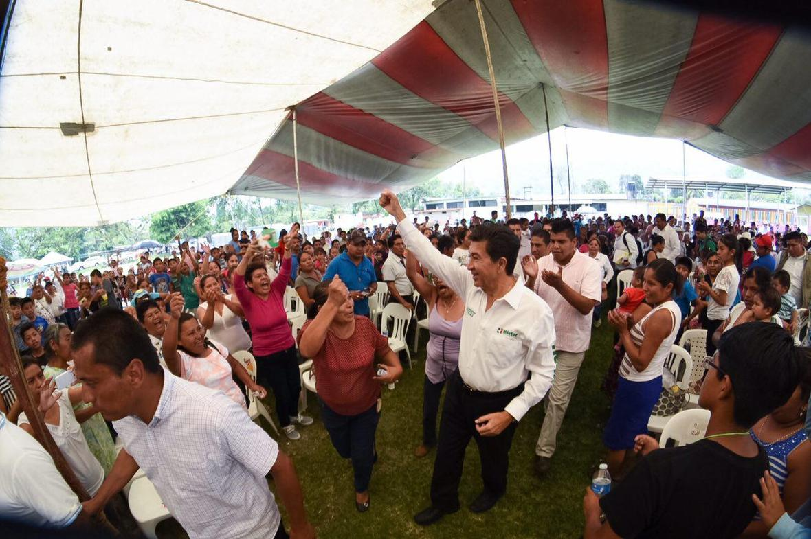 Hector Yunes Landa  Ixtaczoquitlan  30-04-2016-06