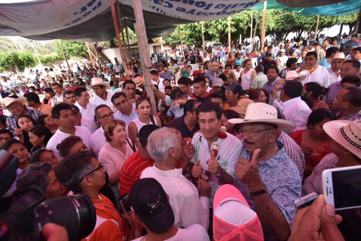 Hector Yunes  Alamo  02-05-2016-01