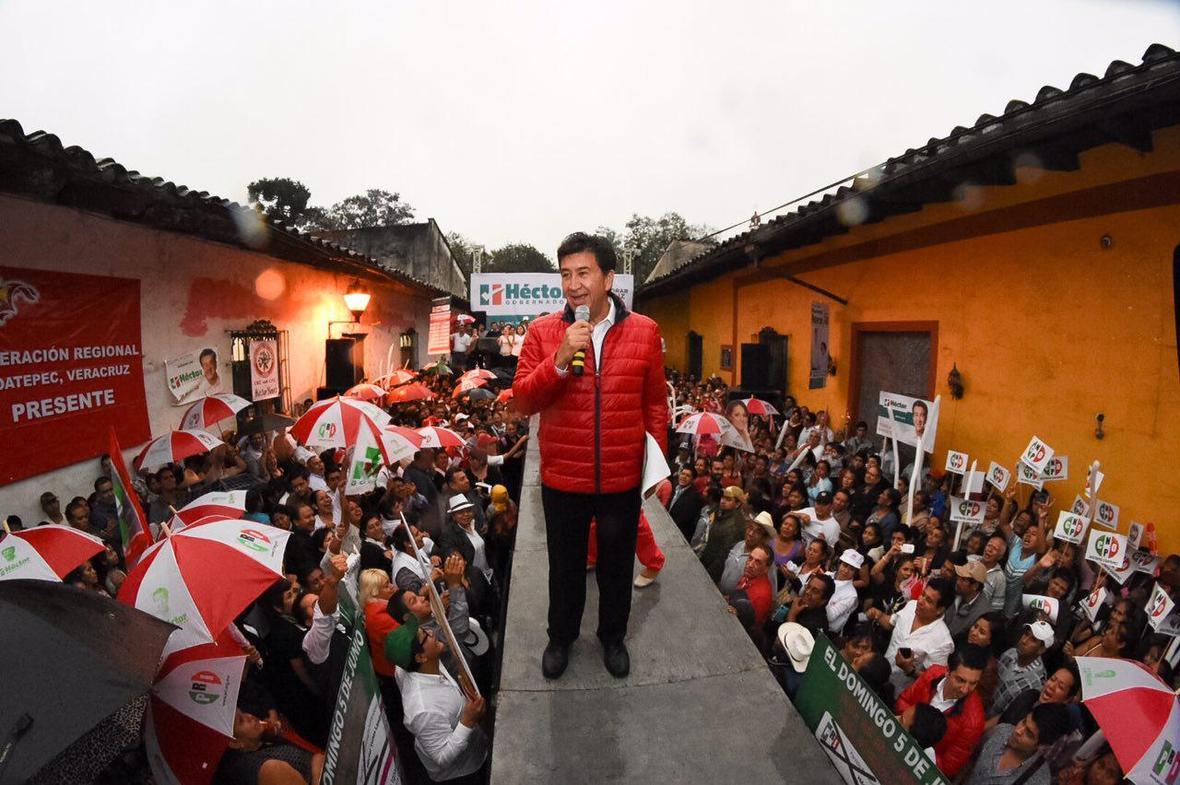 Hector Yunes Landa  encuentro con ciudadania de Coatepec  03-05-2016-01
