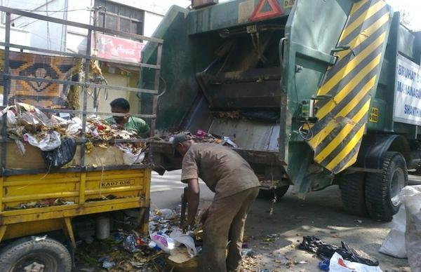 pic article manual handling of waste
