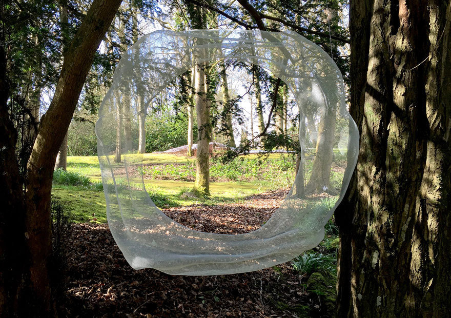 wire-mesh-sculpture-between-trees-circum-by-david-begbie-web