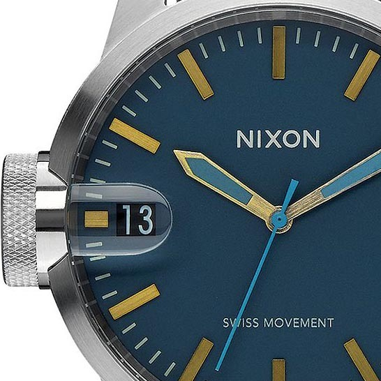 Nixon Chronicle 44 Navy Brass full  13042.1458923521.1280.1280