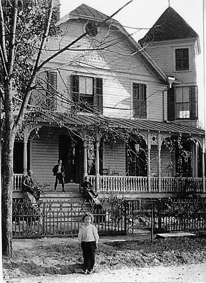 Merrill-House-19001