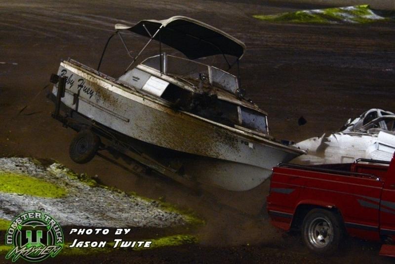 Trailer-race-boat