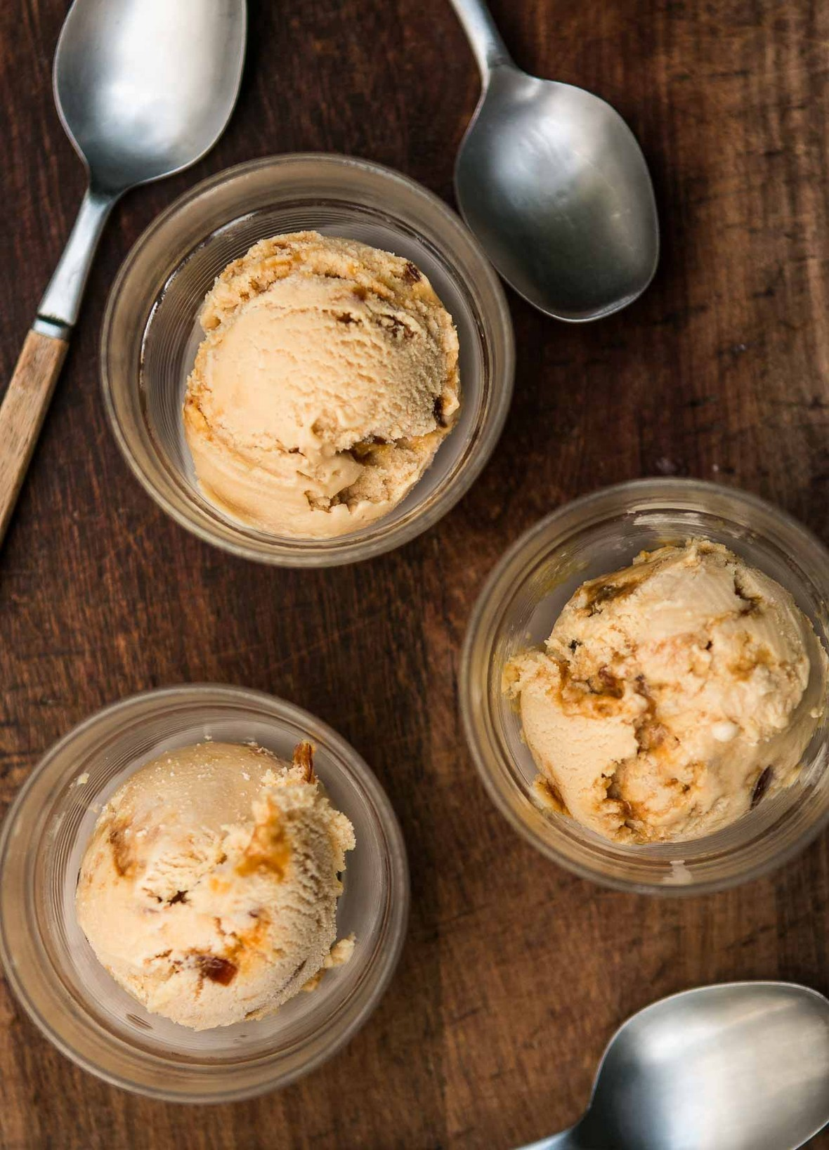 Salted butter caramel ice cream recipe-7