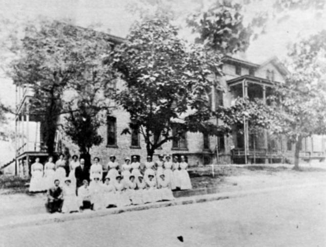 StLukes-1910