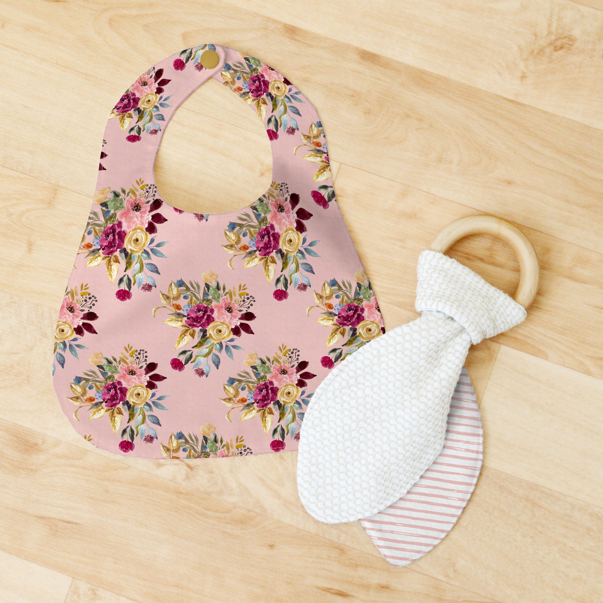 Bib-and-Teether-Little-Rose-Bouquet-Rosy-Pink