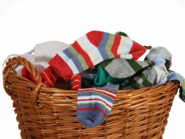 socks-clipart-pile-138576-8859014