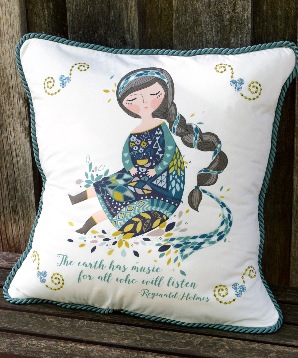 Anu Fabric Pillow