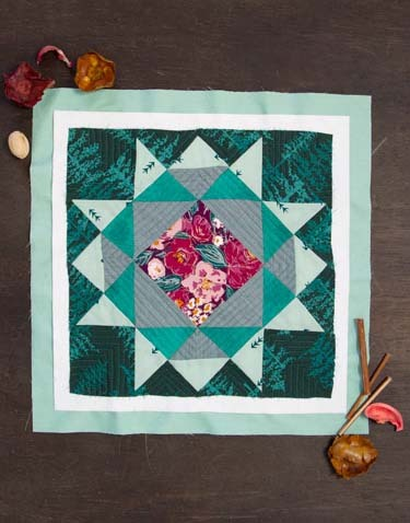 Foresta-Fusion-Quilt-Block-2  free floral quilt block pattern from AGFb