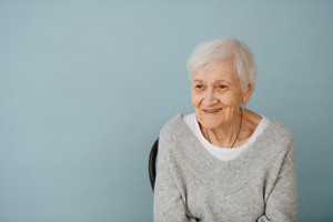elderly-lady-seated