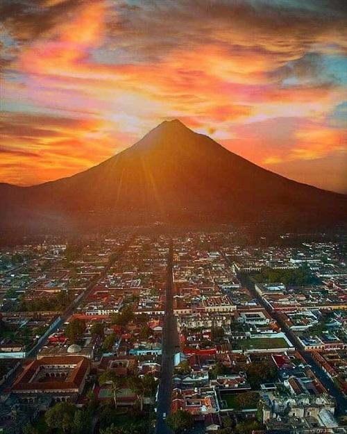 madmimi volcano pic 500 x 625