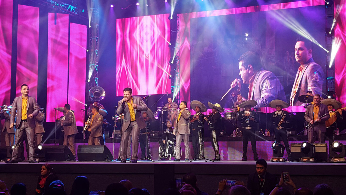 FOTO-ARROLLADORA-auditorio-2016-2