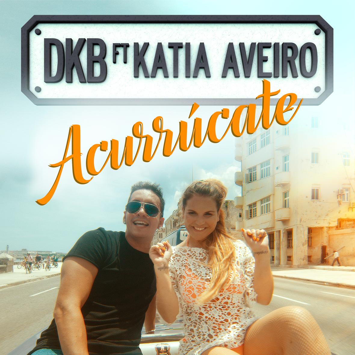 PORTADA-ACURRUCATE002