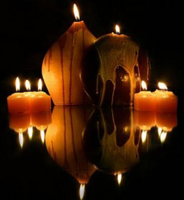 candles reflecting2