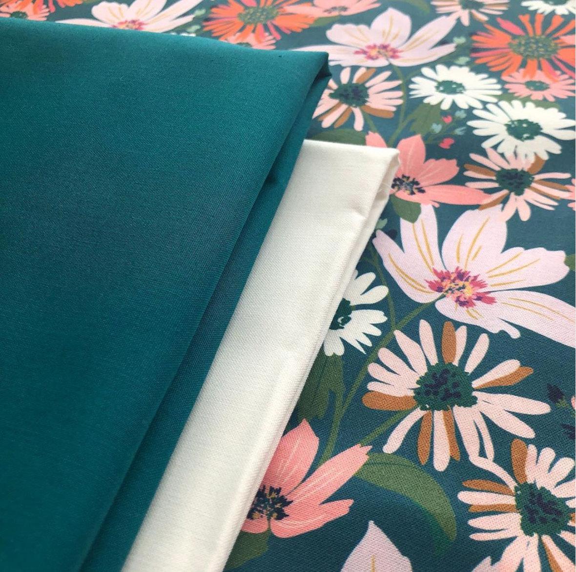 Bunny Garden Teresa Chan and Hawthorne Fabric homecoming quilt along