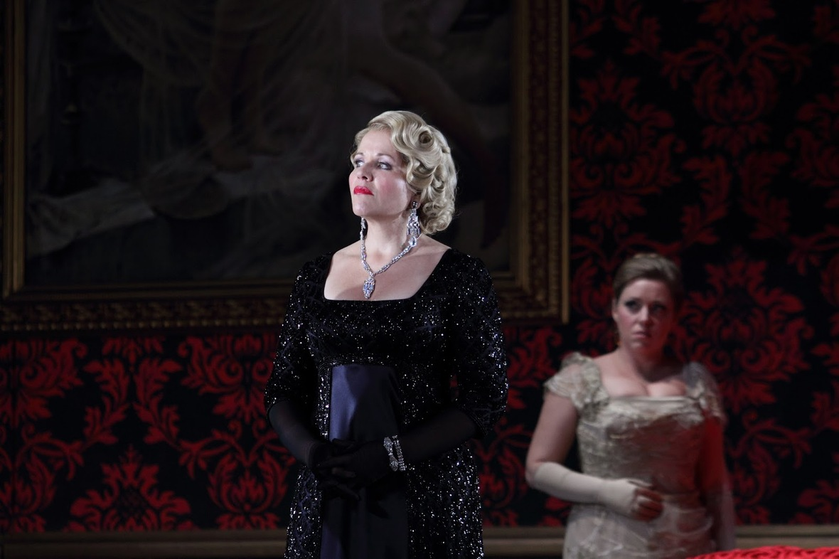 Renée Fleming, Sophie Bevan in Act 3 of Der Rosenkavalier © ROH. Photograph by Catherine Ashmore