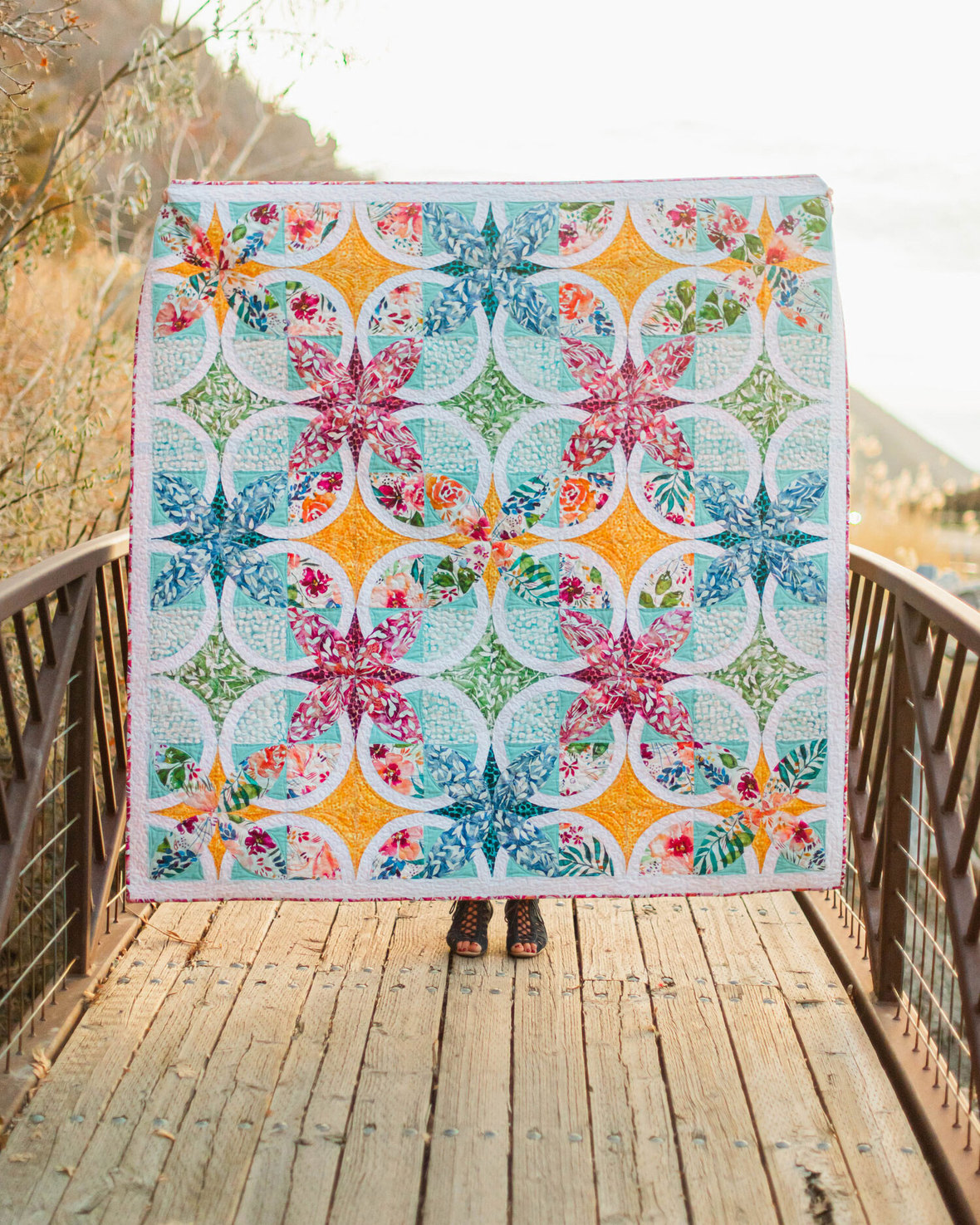 Brightly-Blooming-Fabric-Quilt-2