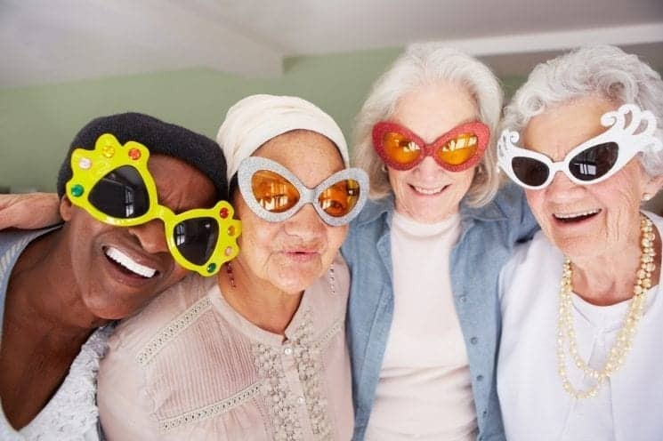 filler ladies silly glasses745 x 496