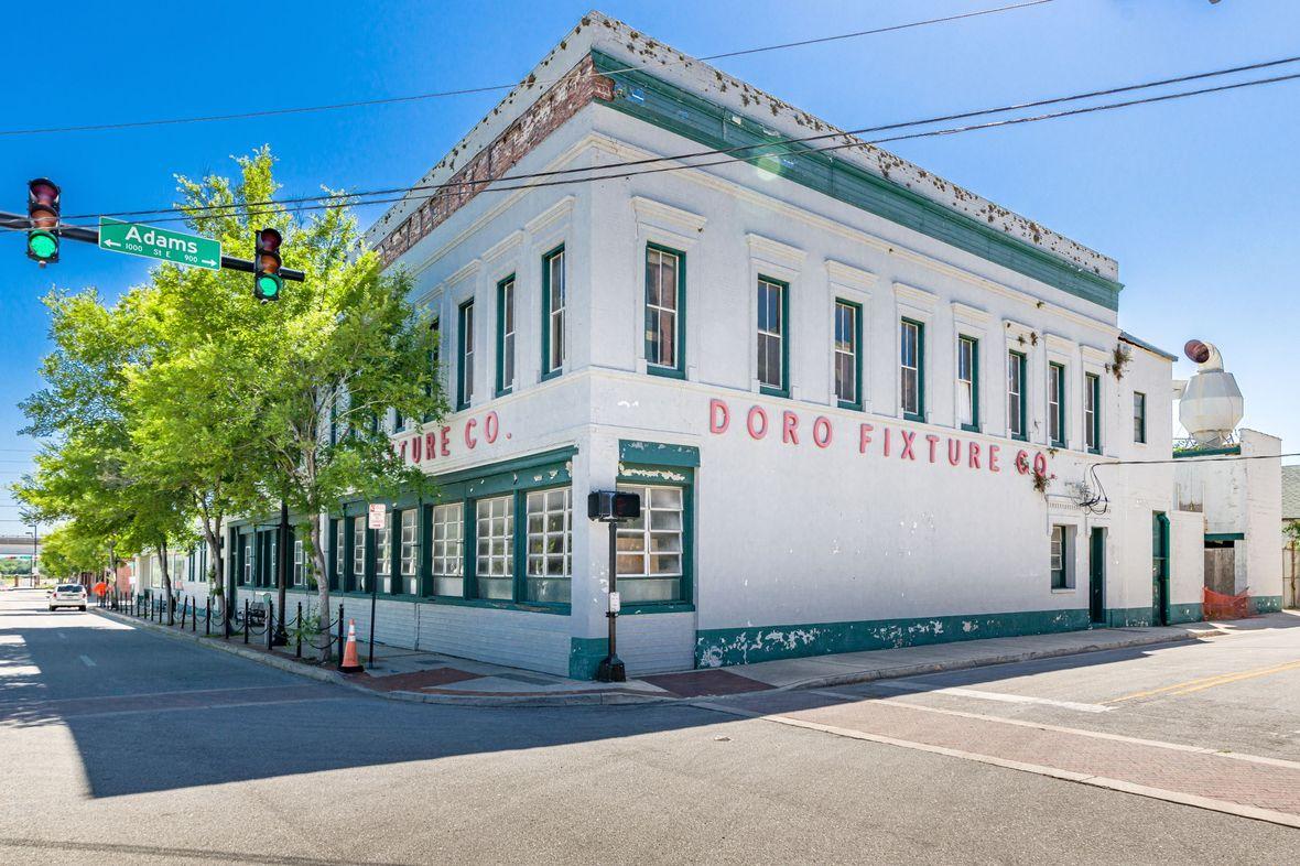 Doro Fixture Company Resized