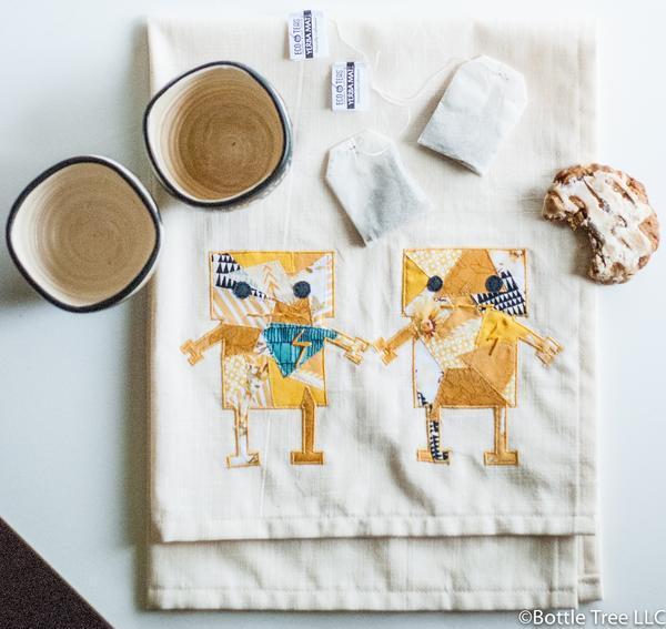Robot Lovers Tea Towel-1-2 0cedb542-292b-4a95-92a6-189a3c027aca grande