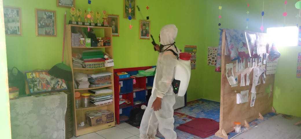 S2020 mei dorp desinfectie2