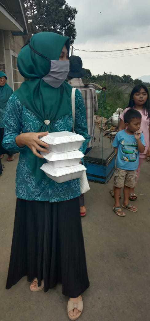 2020 mei dorp coronatijd maaltijden4