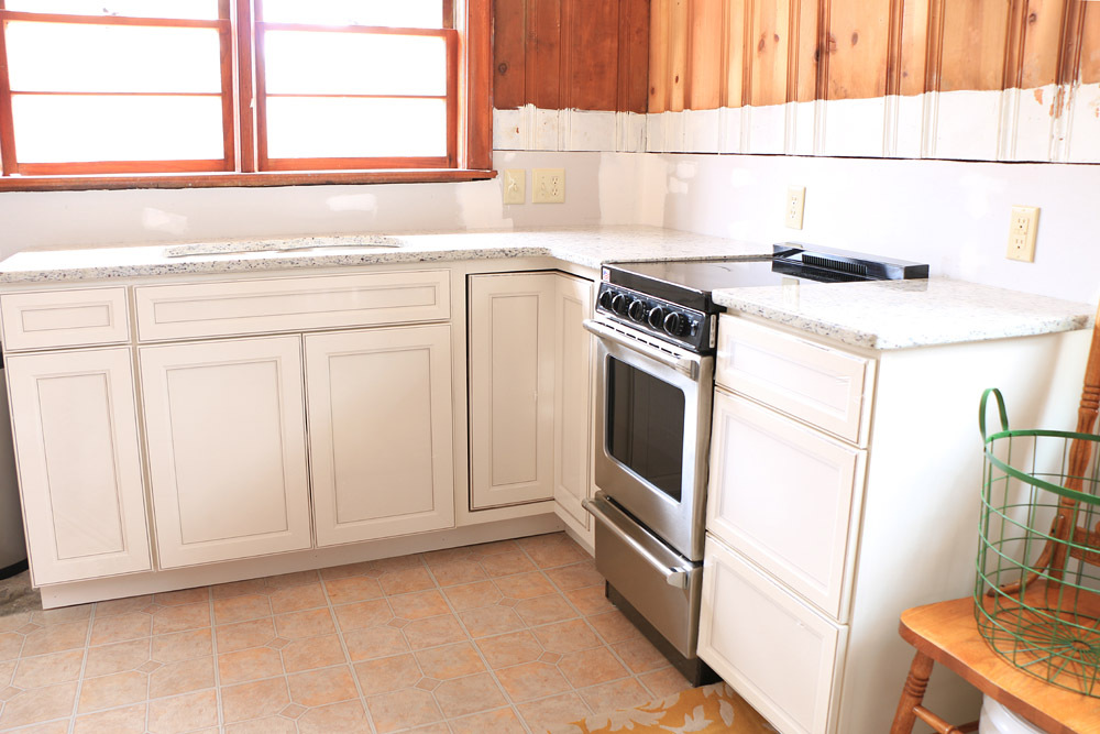 Cottage-Kitchen-Renovation-cabinets-and-oven