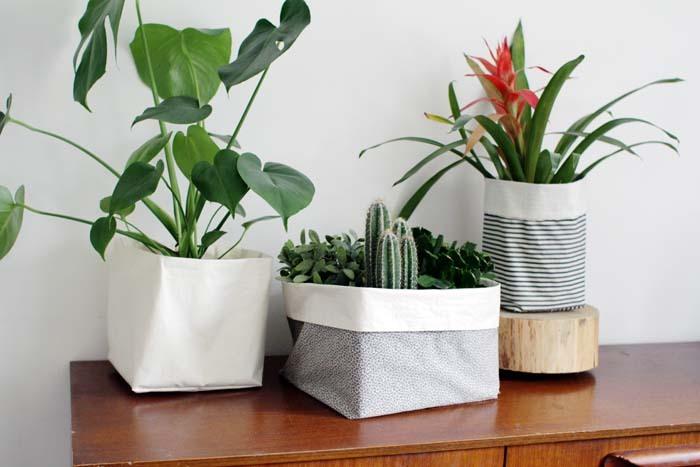 Designsponge- DIY fabric buckets-free tutorial