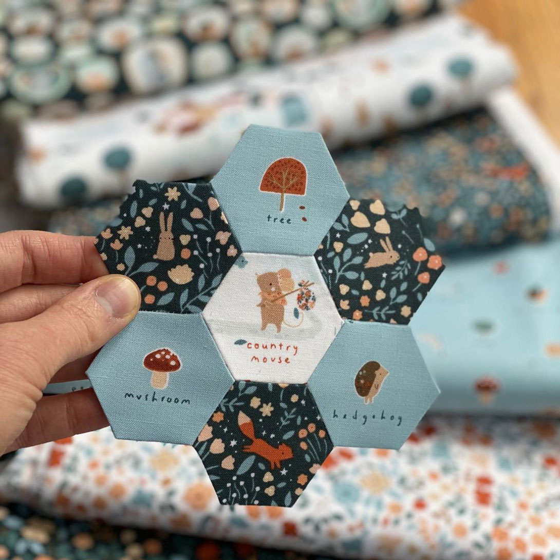 Country-Mouse-fabric