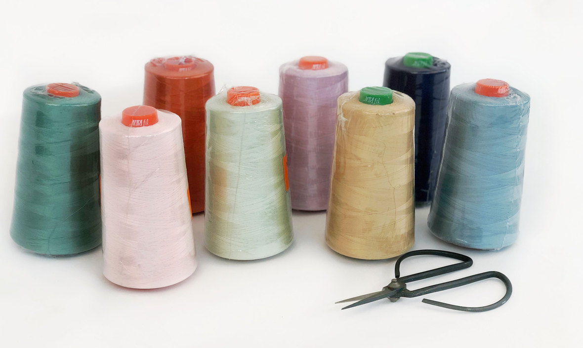 Aurifil-Thread-Cones-Hawthorne