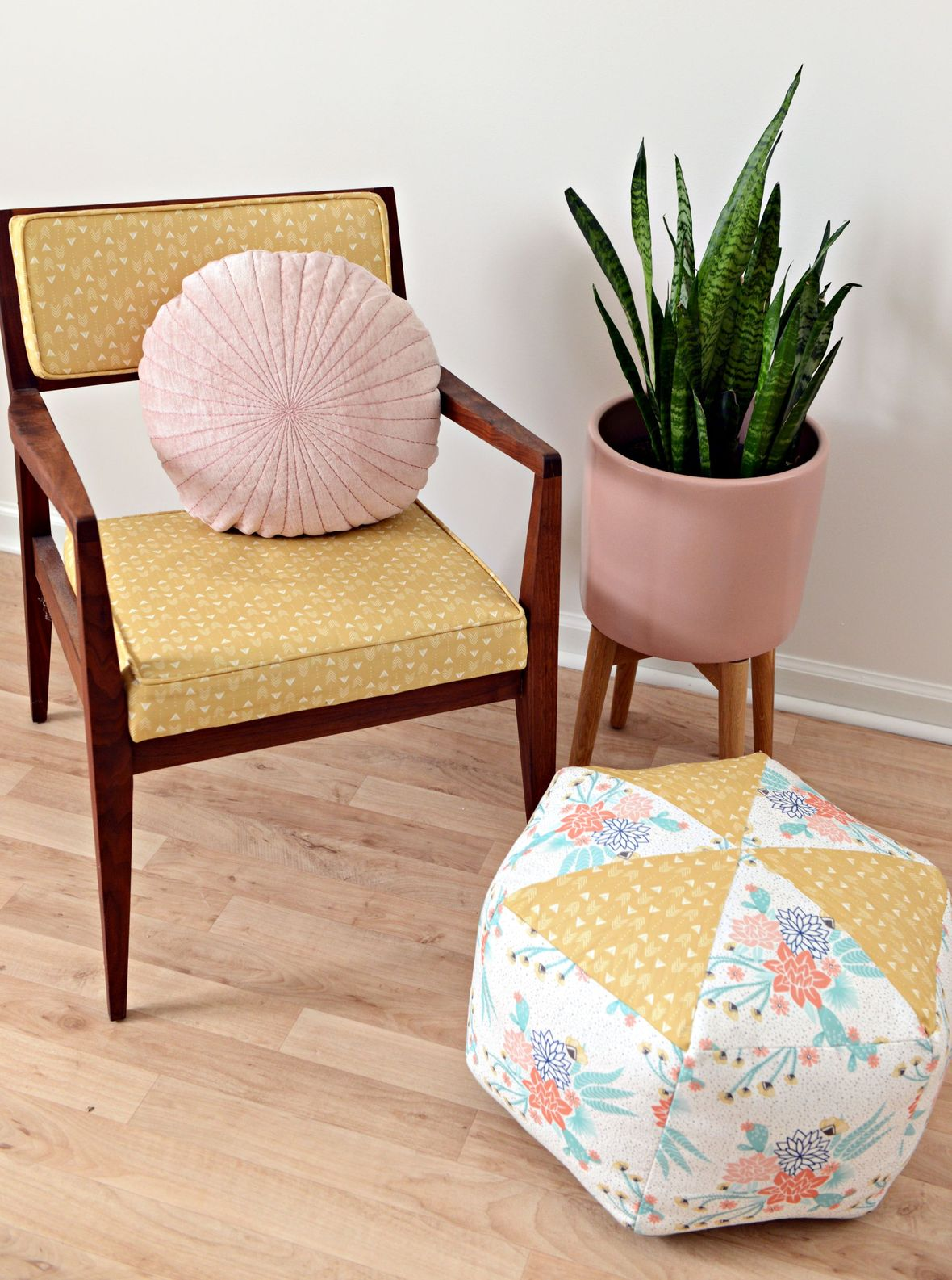 Hawthorne Threads Canvas Chair and Pouf - 2000.png