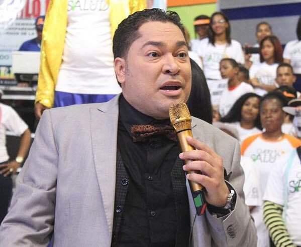 """El Pacha acusa a un grupo de supuestos """"intelectuales"""" de querer desacreditar a Danilo"""