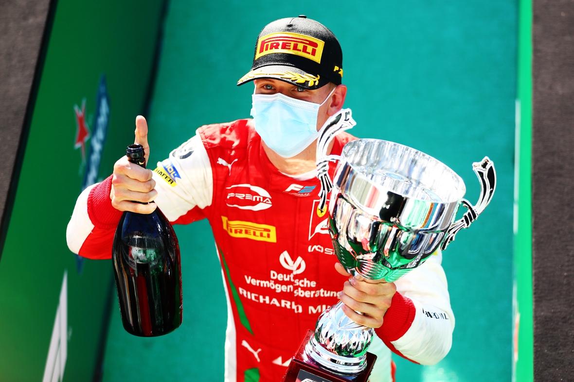 Formula 2 Championship - Round 8 Monza - Feature Race