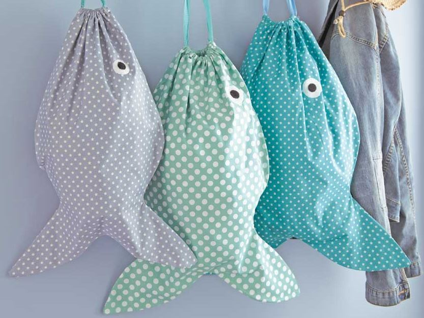 woman s weekly -fish laundry bag- free tutorial