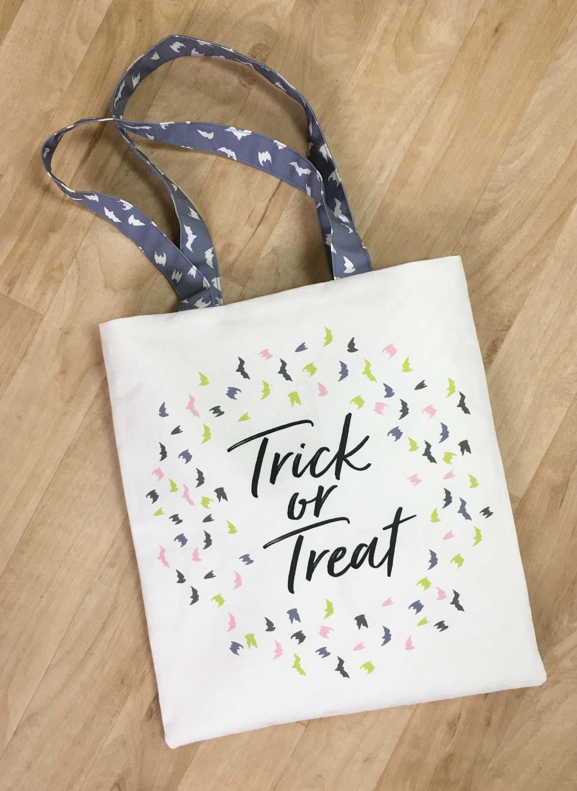 Haunted Fabric Trick or Treat Bag