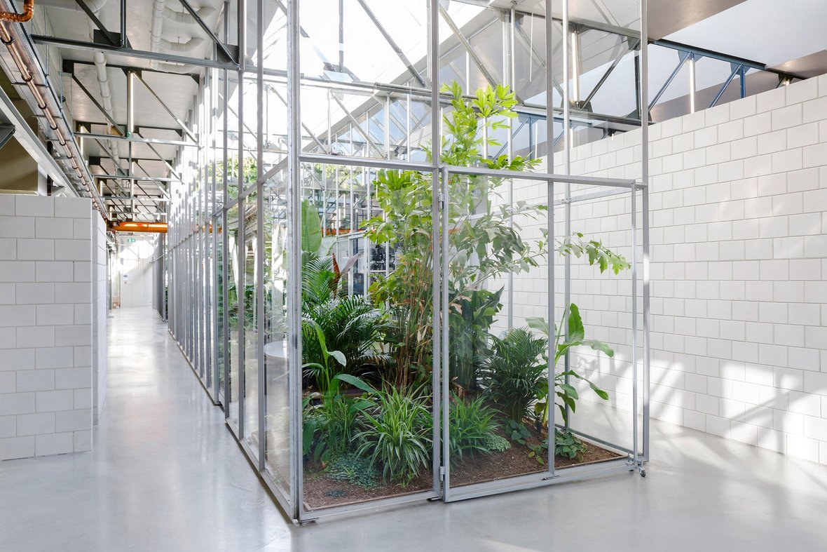 space-encounters-joolz-headquarters-amsterdam-interiors-netherlands-adaptive-reuse dezeen 2364 col 2