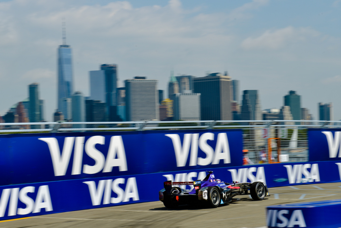 Spacesuit-Media-Lou-Johnson-NY-ePrix-1492