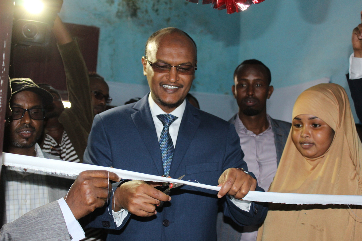 Cooperative effort renews Radio Mogadishu's expansion of its reach by installing 5 KW FM transmitter.