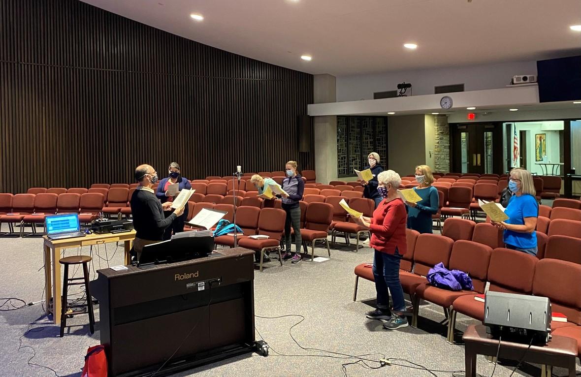 Women s Choir practice