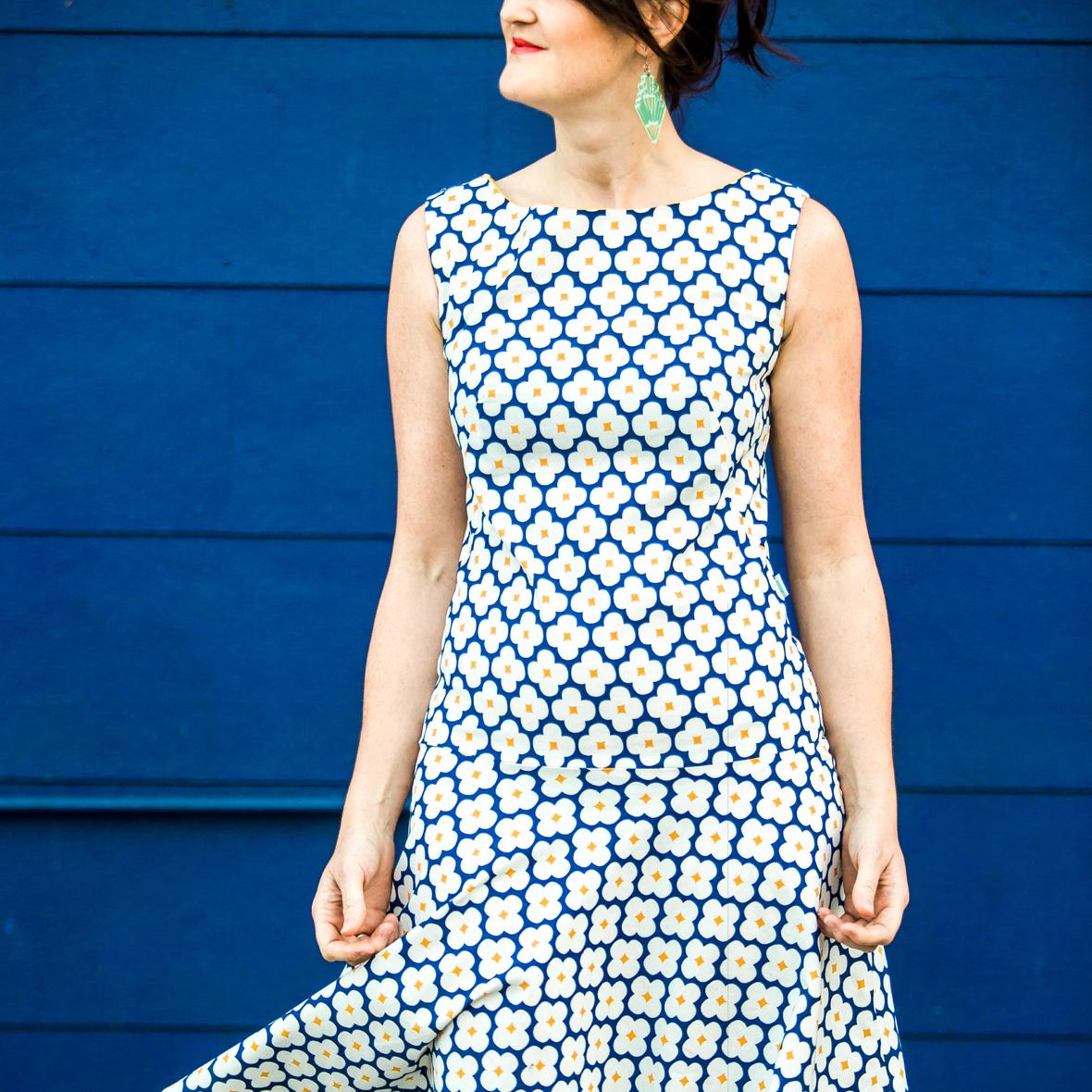 a dress 2 SITE