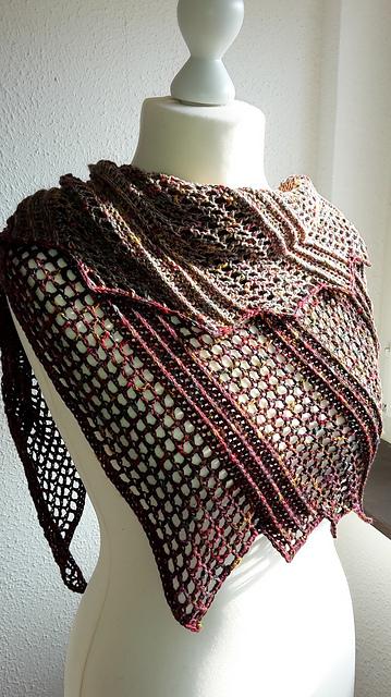 lizard shawl 2