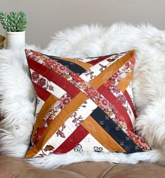 Maypole Suzy Quilts Pillow