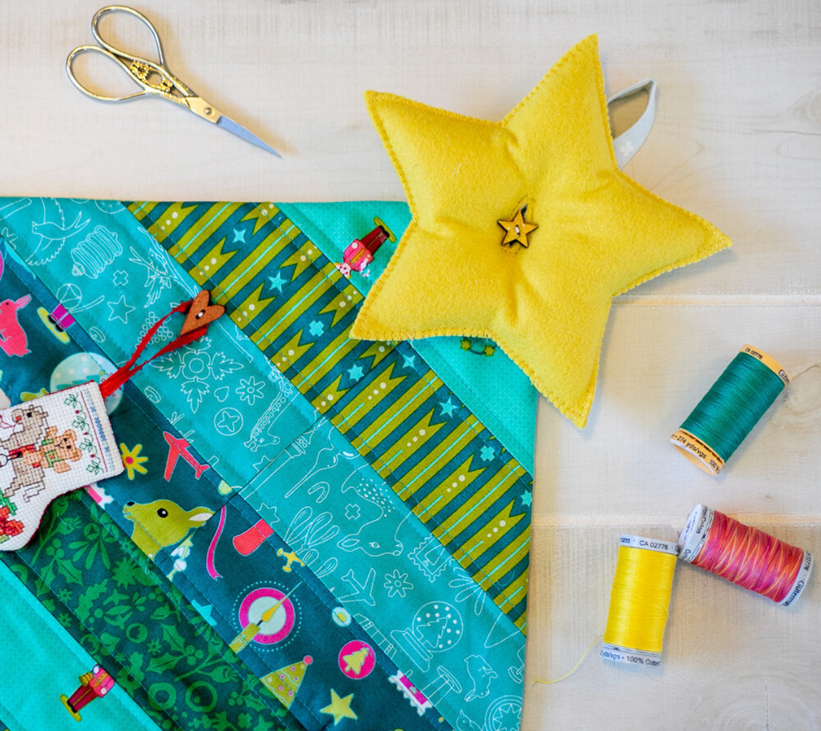 Screenshot 2020-11-24 Quilted Christmas Tree Wall Hanging - free sewing pattern  SewCanShe Free Sewing Patterns and Tutori ...