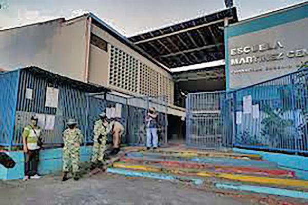 Centro de votación casi vacío en Venezuela